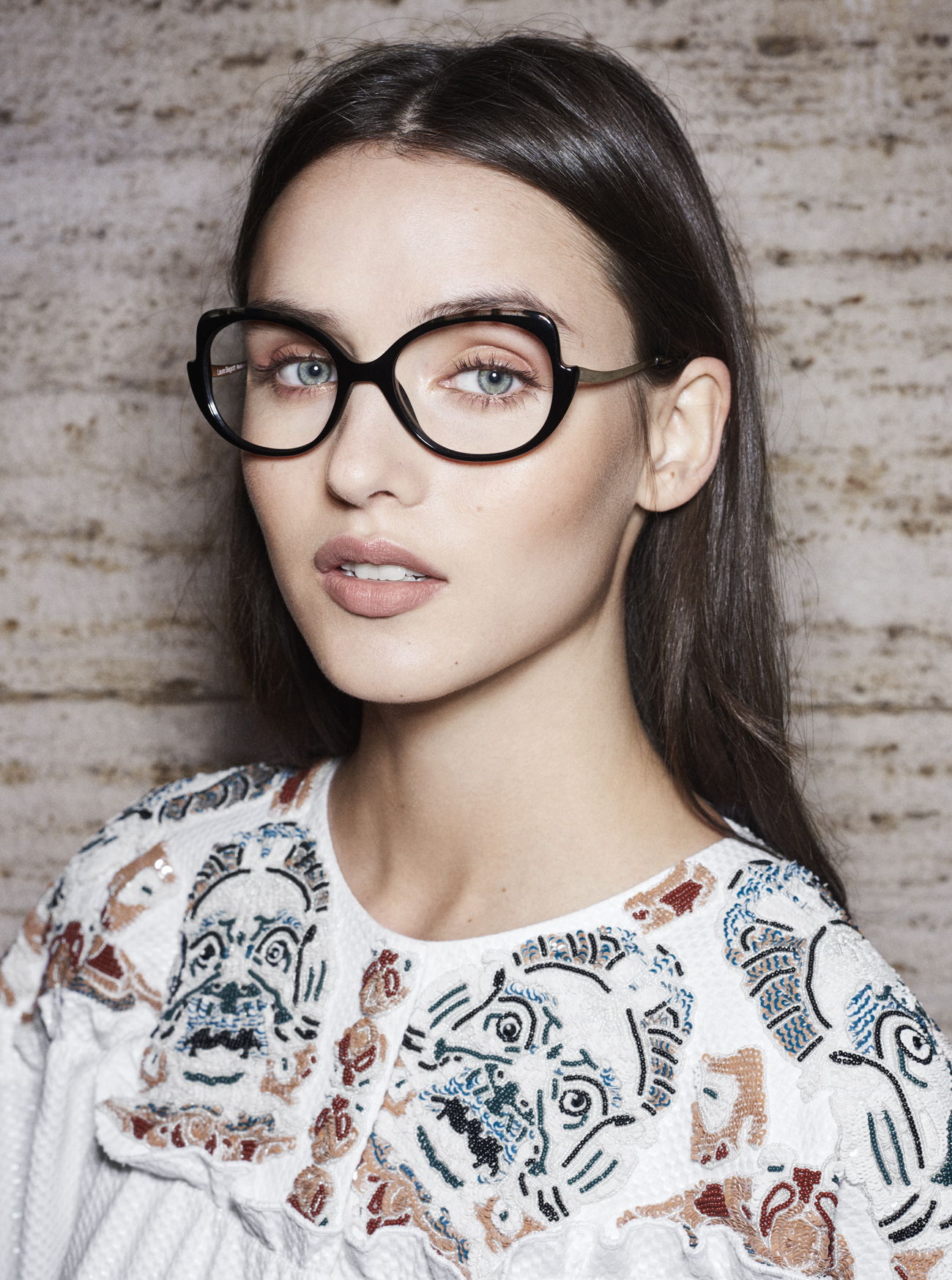d05dd06e15 Essential and elegant frames and sunglasses